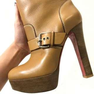 25折Louboutin Boots