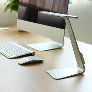 5MM Ultra Thin LED Desk Lamp (Rechargeable)