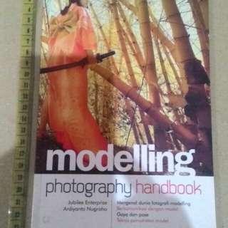 Modelling Photography Handbook Ardiyanto Nugroho