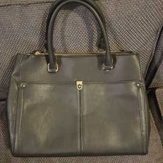 Toni Bianco Katnis handbag in black