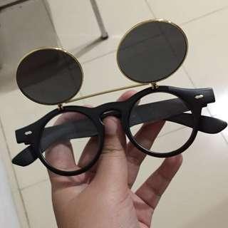 kacamata tutup buka