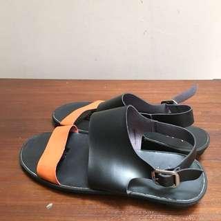 Fly Shoes orange-black sandals