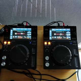 Pioneer XDJ 700 Multi Player (pair) CDJ