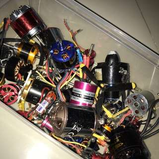 Brushless motors (NEGOTIABLE)