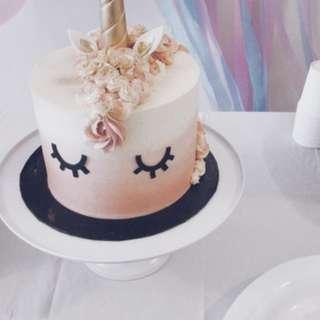 Cake Stand (White Metal)