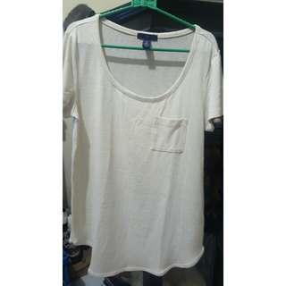 Cream tshirt GAP