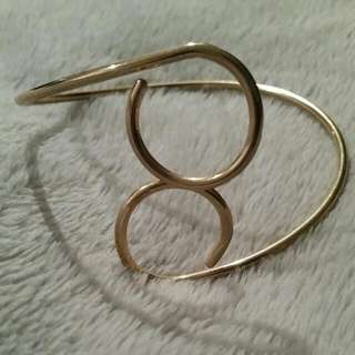 Womens Gold Upper Arm Cuff BRAND NEW