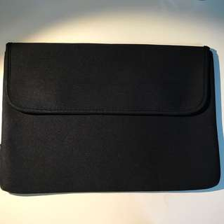Laptop Case with Velcro (for laptop 13.7 inch and smaller)