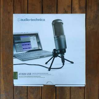 At2020 condenser microphone