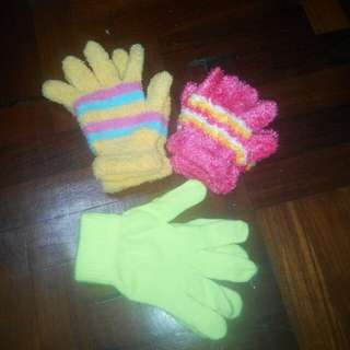 Lot of Kids Knitted Gloves