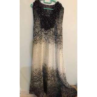 Jakarta brown dress