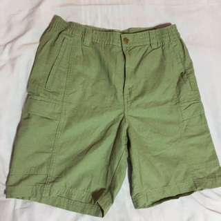 Scandia woods olive green shorts (new without tag)