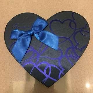 情人節必備 心形朱古力盒 禮物盒