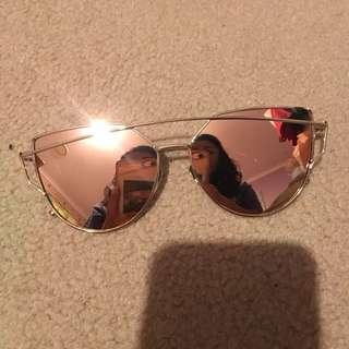 Pink reflector sunglasses