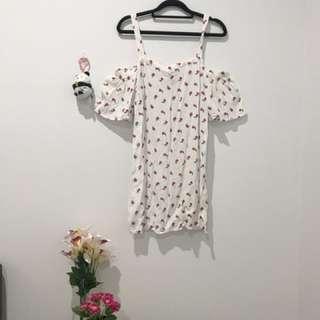Forever 21 Cold Shoulder Flower Print Dress M
