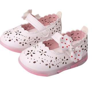 **Great Sales*** Sandals for baby girl with flower cut out and bow