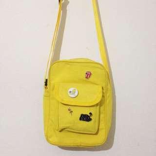 Yellow slingbag