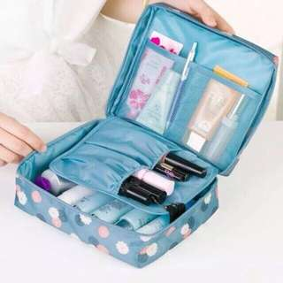 Travel make up organizer