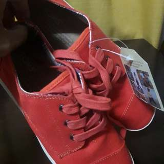 Authentic Toms' Paseo Fiesta Red Canvas Shoes