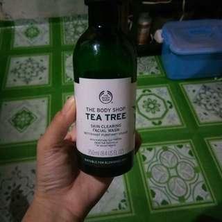The Body Shop green tea facial wash