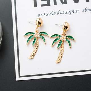 Moana Palm Tree Earrings