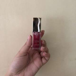 Clarins lip gloss raspberry shade