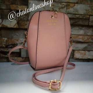 Lil' sling bag 💕