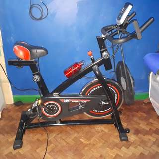 Eliptical bike (stationary bike)