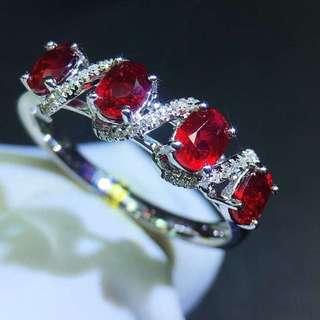18K白金 無燒紅寶石 鑽石戒指