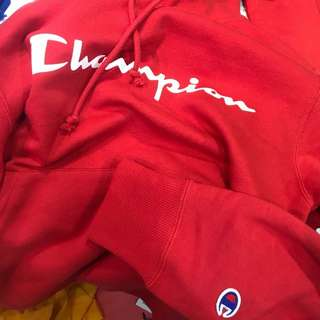 Champion hoodie (red)