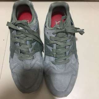 Pre-Loved Authentic Asics