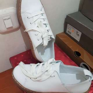 Zara White Shoes (original ZARA)