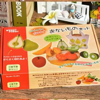 *Promo* Wooden Magnetic Fruits Cutting Set (Woody Puddy)