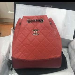 Chanel  最新款 Gabrielle backpack 𥖁紅色
