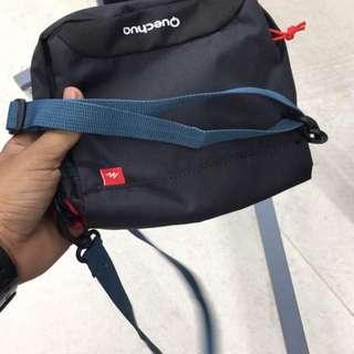 QUECHUA sling bag