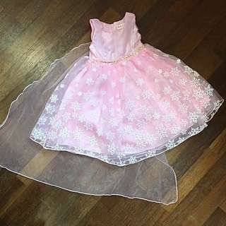 🆕 Princess dress with cape