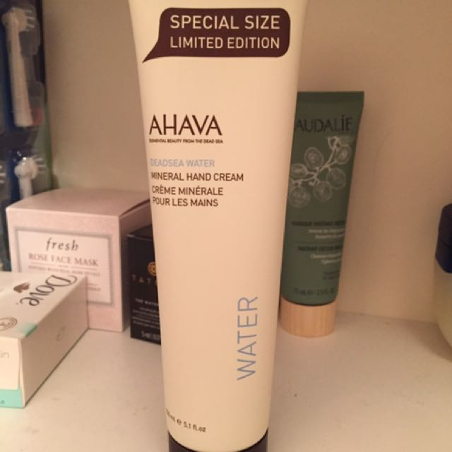 AHAVA deadsea water hand cream
