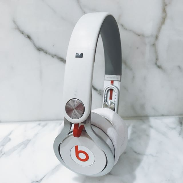 Beats by Dr Dre and David Guetta Mixr headphones