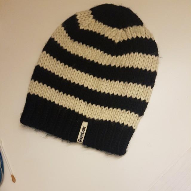 Black and white Reebok hat