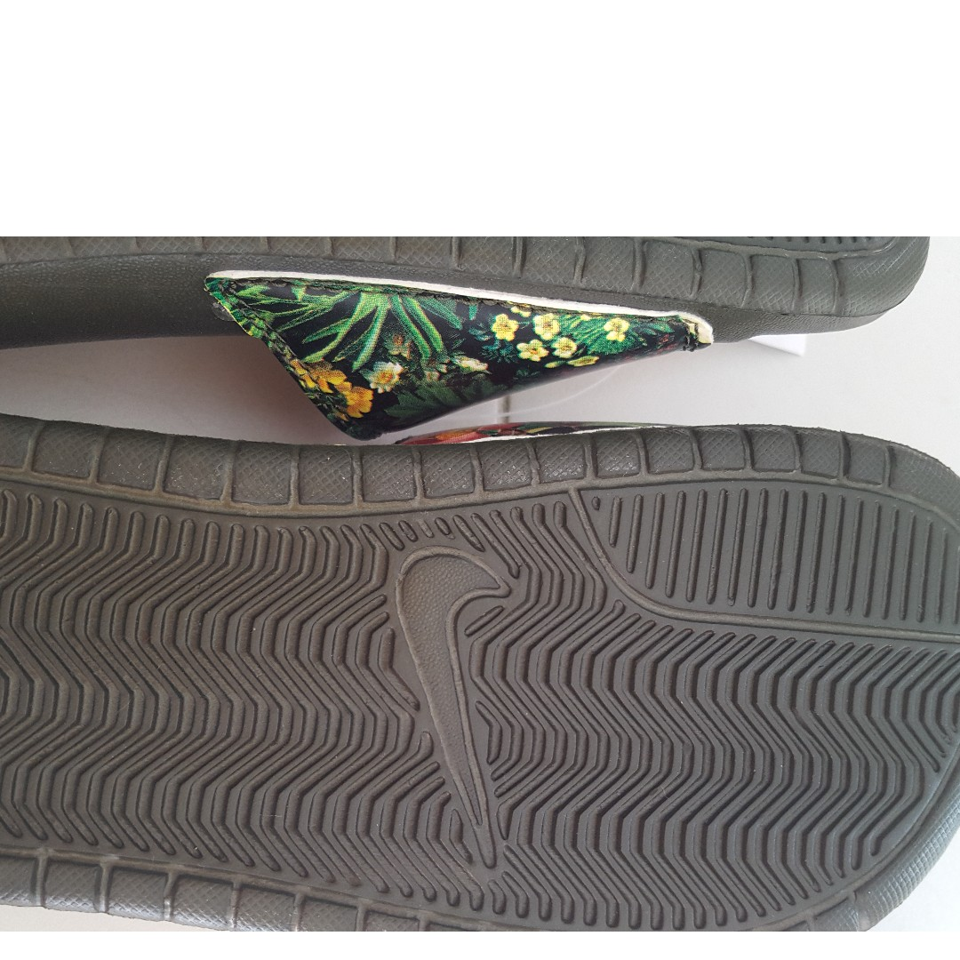 50c98862f464 Brand New Nike Dark Green Slipper s