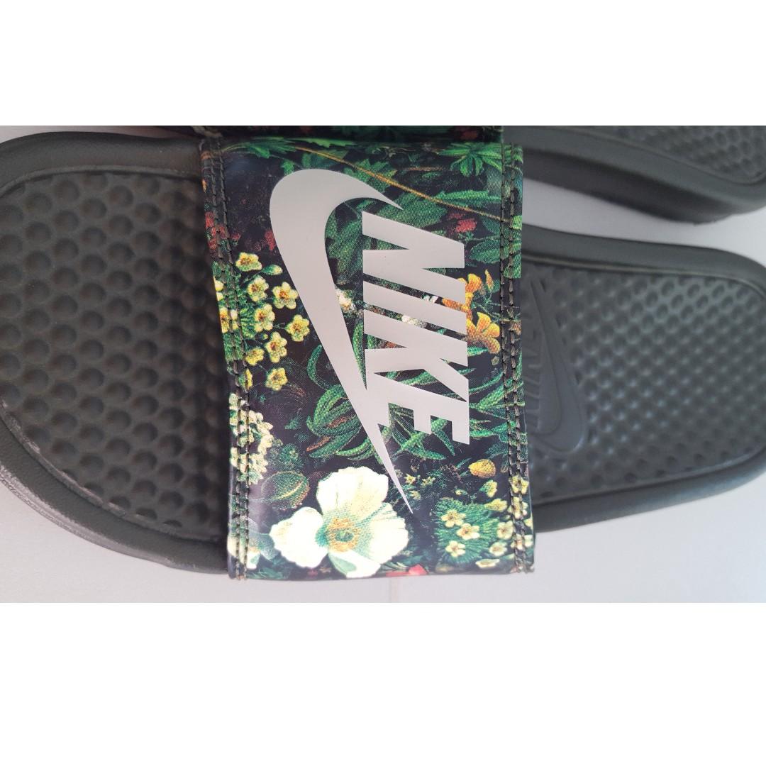 4bbce439bdff Brand New Nike Dark Green Slipper s