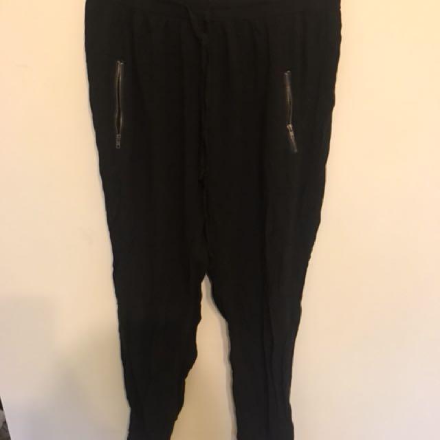 Causal Supre pants