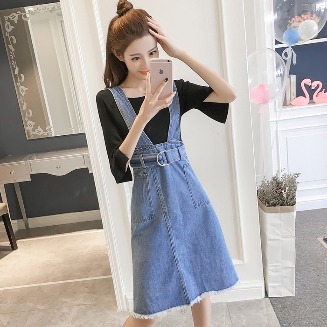 a3188b251 Denim Light Blue Coloured Pockets Designed Belted Korean Style Overall Dress,  Women's Fashion, Clothes, Dresses & Skirts on Carousell
