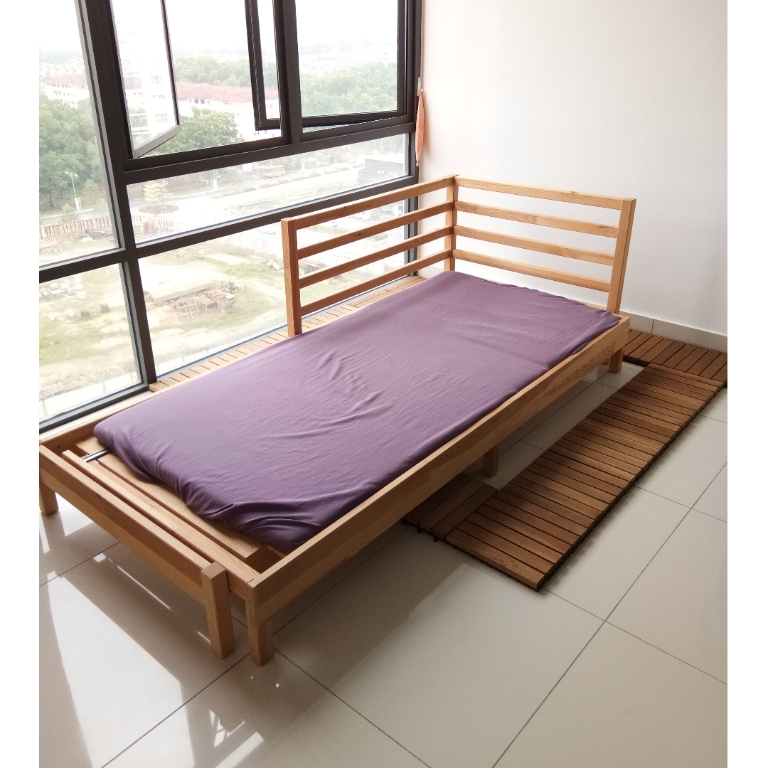 Double day bed frame (IKEA TARVA) + single mattress, Home ...