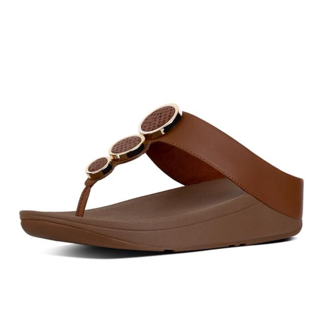 45a8edfdb232 FitFlop Halo Leather Toe-Thong Sandal