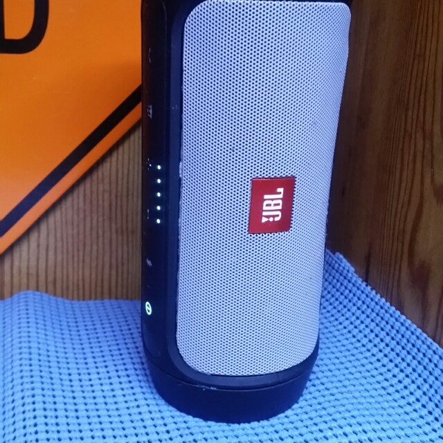 Genuine JBL Charge 2 speaker