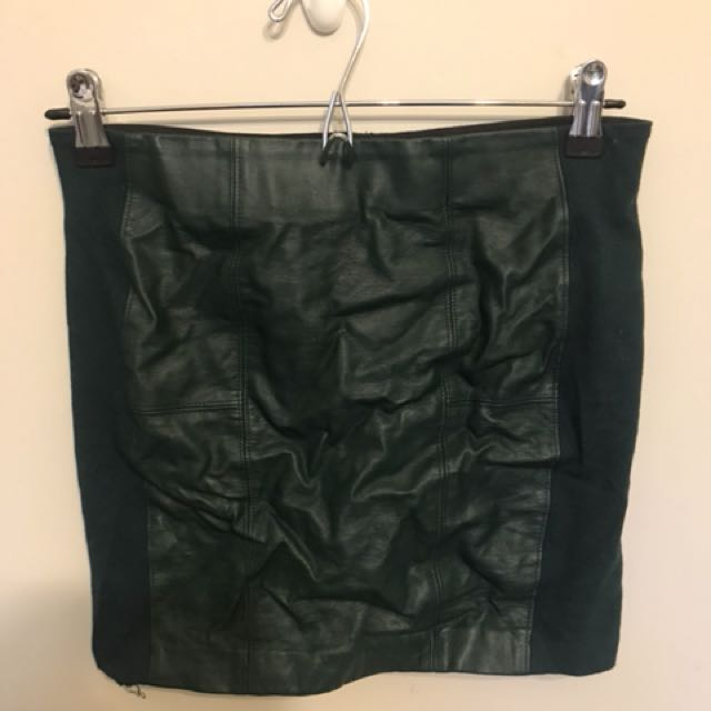 Glassons leather look green pencil skirt