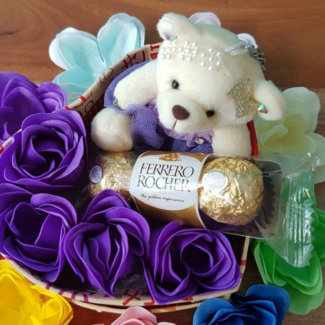 Kado/Hadiah/Hampers/Bunga/Coklat/Boneka Valentine - Triple Choco in Box