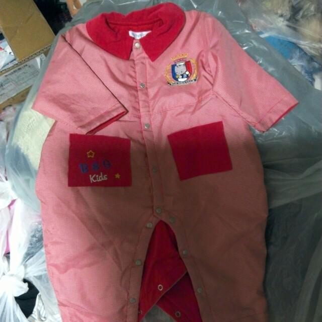 紅色連身衣及miniman 厚款連身衣