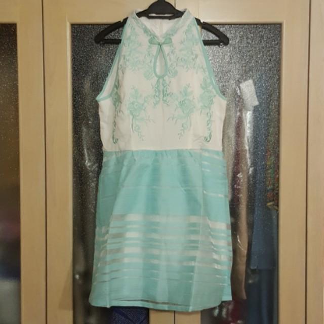 Mint Green Embroidered Cheongsam Mandarin Collar Flare Dress